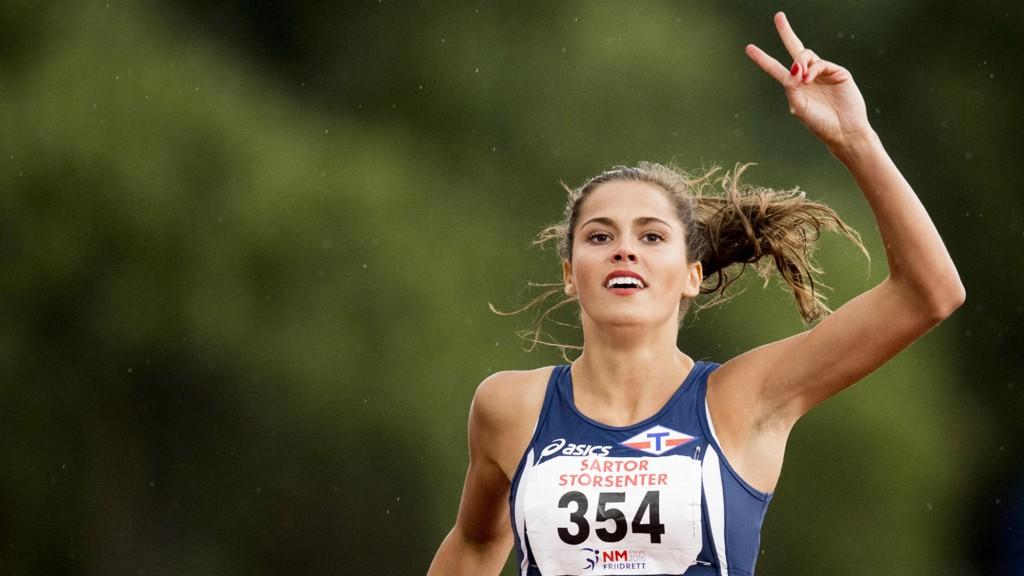 FEIRING: Amalie Iuel kan feire at hun nå er den norske rekordinnehaveren på 400 meter.