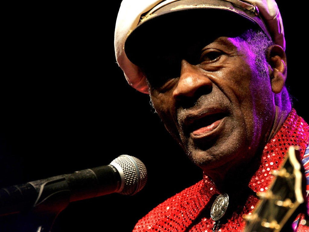 LEGENDE: Chuck Berry er død, 90 år gammel.