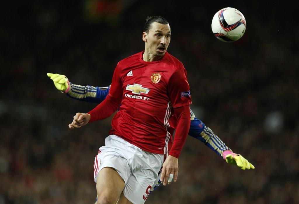 FORNØYD: Zlatan Ibrahimovic hyller måten José Mourinho motiverer ham på.