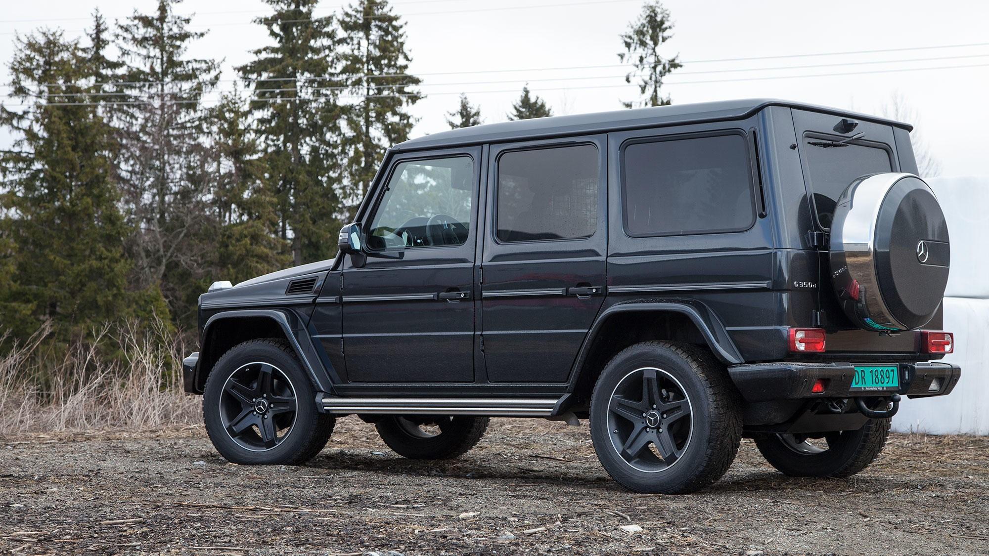 Mercedes G-klasse er kanskje den tøffeste SUV-en du kan kjøpe - men den bærer også veldig preg av at den er gammel. Veldig gammel.