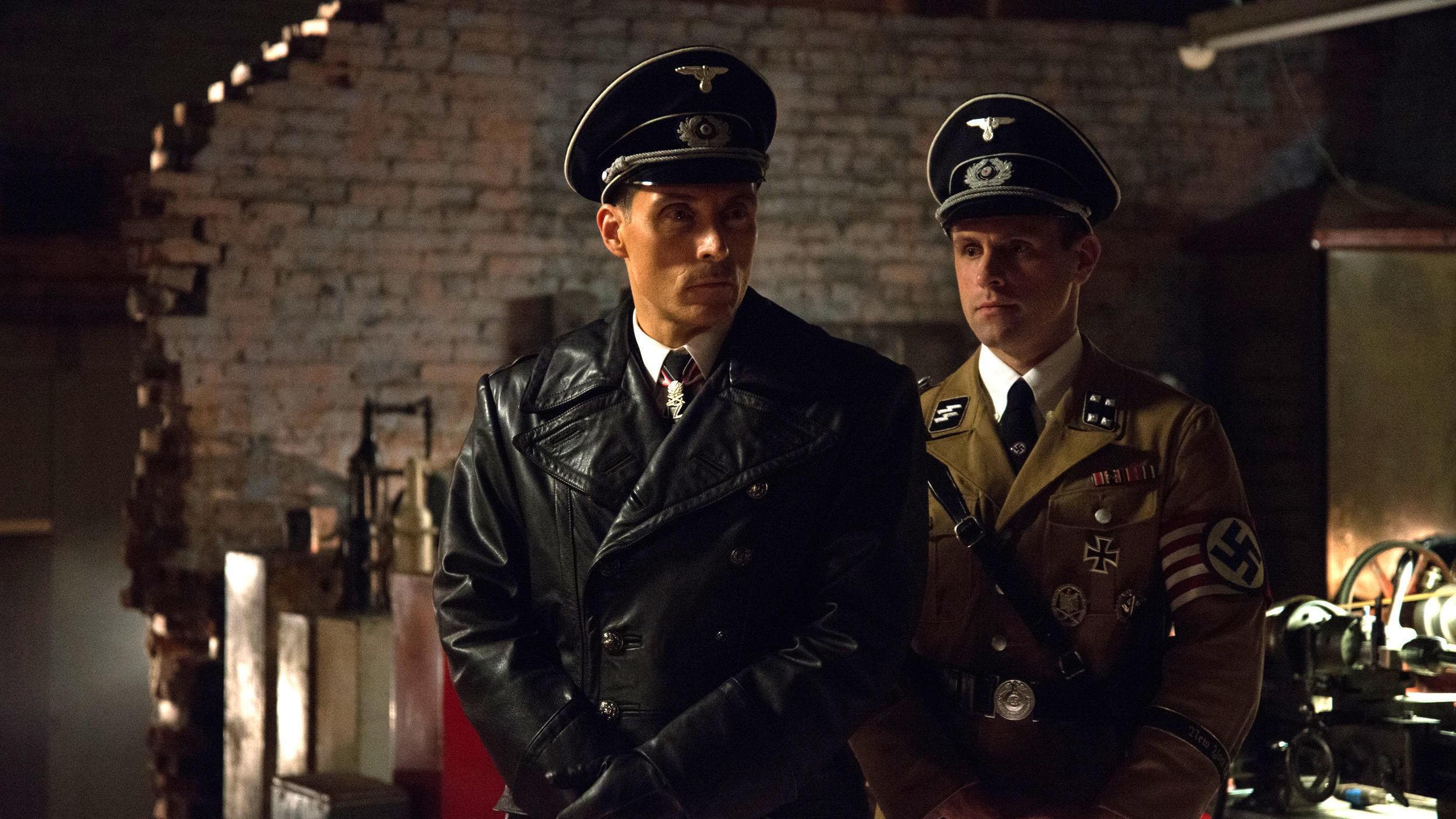 FANTASTISK SERIE: «Man in the High Castle» er en av de aller beste seriene du kan se i påsken.