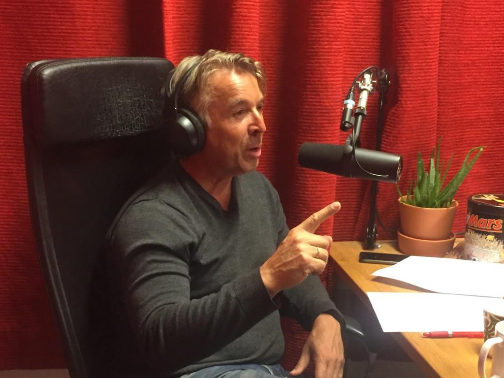 KREVER MER AV BENDTNER: Mini Jacobsen sier i podcasten Toppfotball at han venter mer av stjernen Nicklas Bendtner.