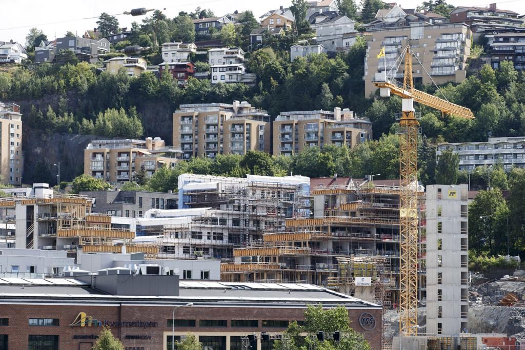 Boligbyggingen tiltar i Norge.