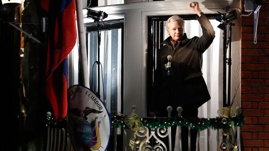 Julian Assange har i snart fem år holdt til i Ecuadors ambassade i London.