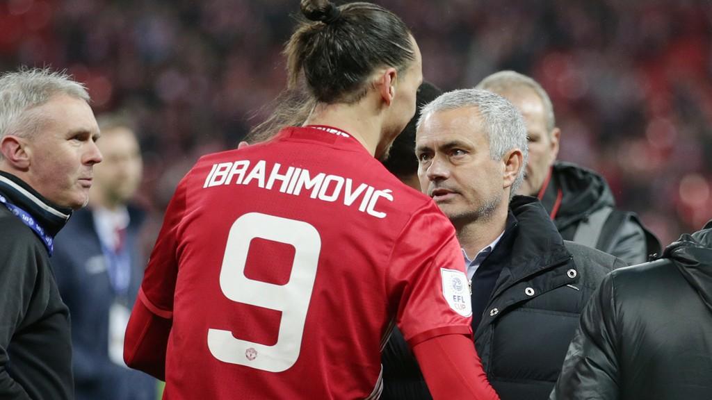 BEKYMRET: José Mourinho frykter at han må klare seg uten Zlatan Ibrahimovic i de kommende kampene.