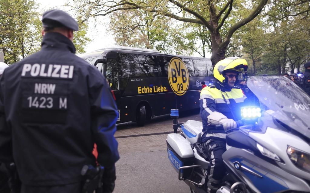 EKSPLOSJON: Det var i forkant av Champions League-kampen i Dortmund at tre bomber gikk av i nærheten av spillerbussen.