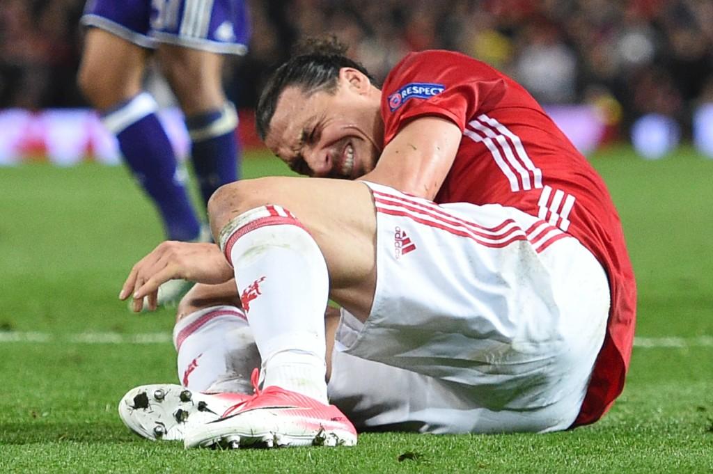 SKADET: Zlatan Ibrahimovic skadet seg mot Anderlecht.