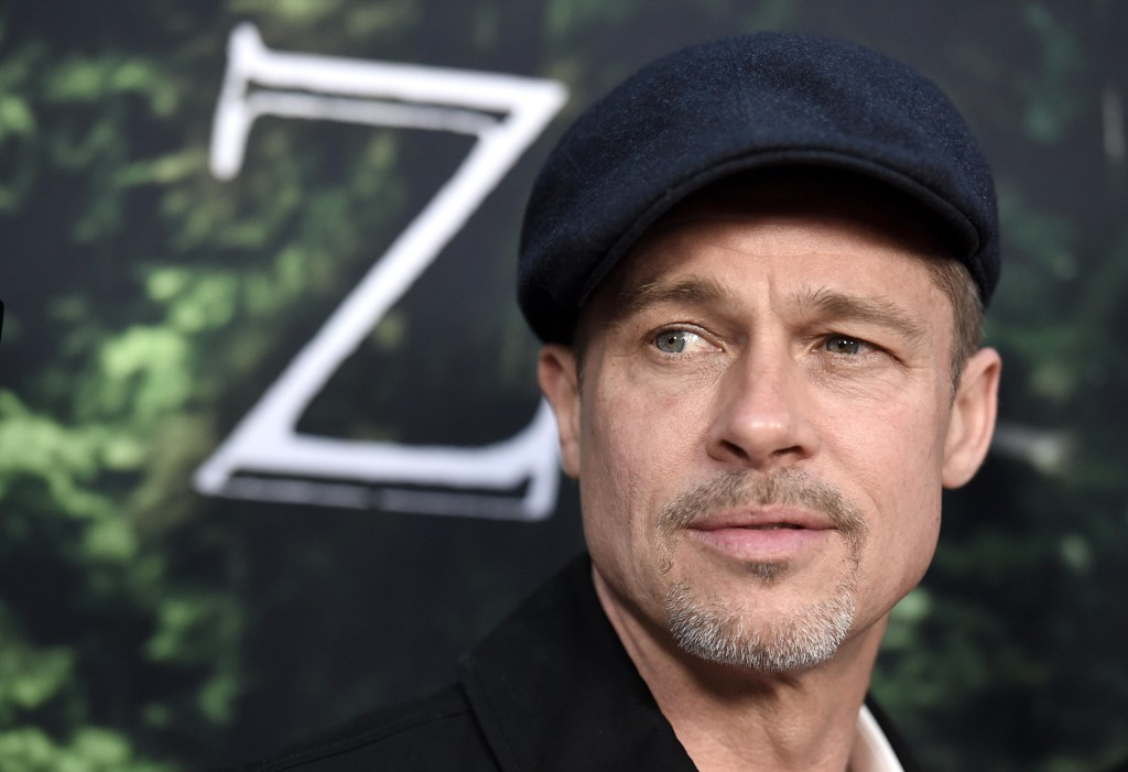 Brad Pitt åpner seg for første gang om skilsmissen med Angelina Jolie.