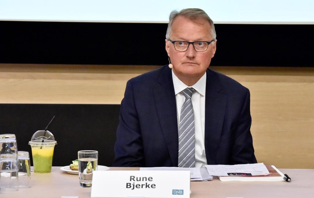 RING DENNE MANNEN!: Rekordlav pengemarkedsrente gjør at Rune Bjerke i DNB og andre banksjefer kan gi deg billigere boliglån.