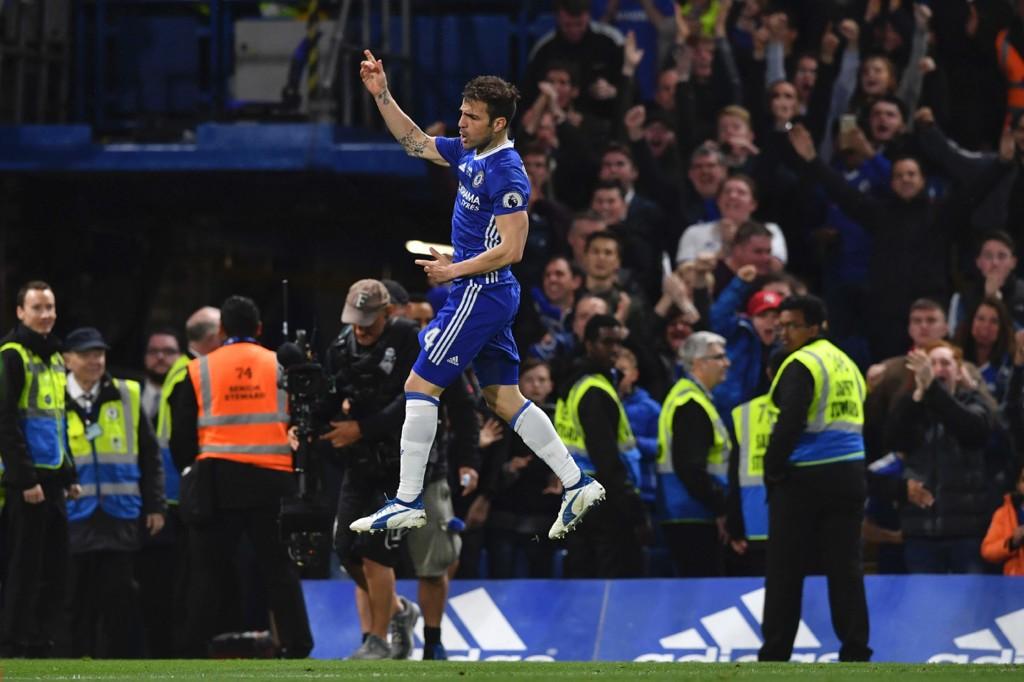 AVGJORDE: Cesc Fabregas avgjorde for Chelsea mot Watford.