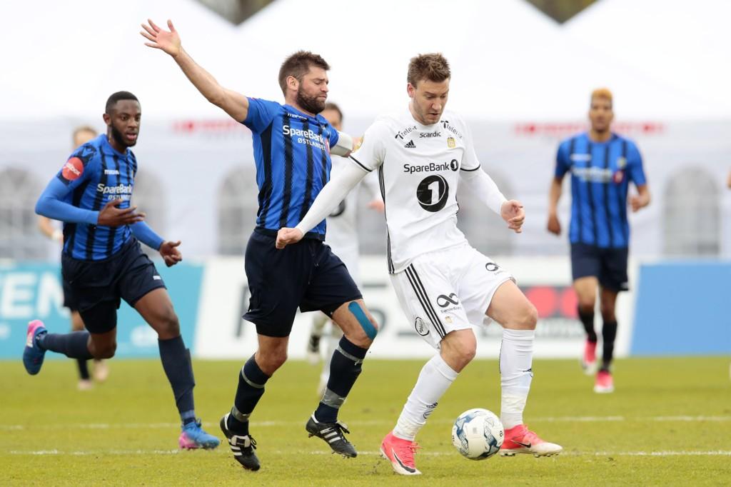 NY HOVEDSPONSOR: Coop blir hovedsponsor for Eliteserien de neste tre årene. Her fra eliteserieoppgjøret mellom Stabæk og Rosenborg sist runde.