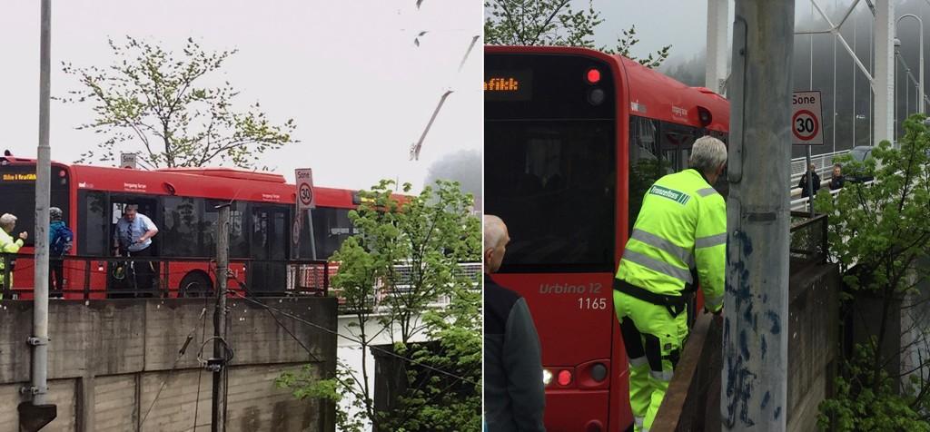 FULL STOPP: Her sperret bussen den eneste veien for innbyggerne på Ulvøya.