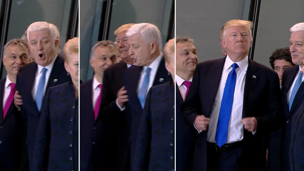 BRØYTER SEG FRAM: Donald Trump skyver Montenegros president til siden. Det får han gjennomgå for på sosiale medier.