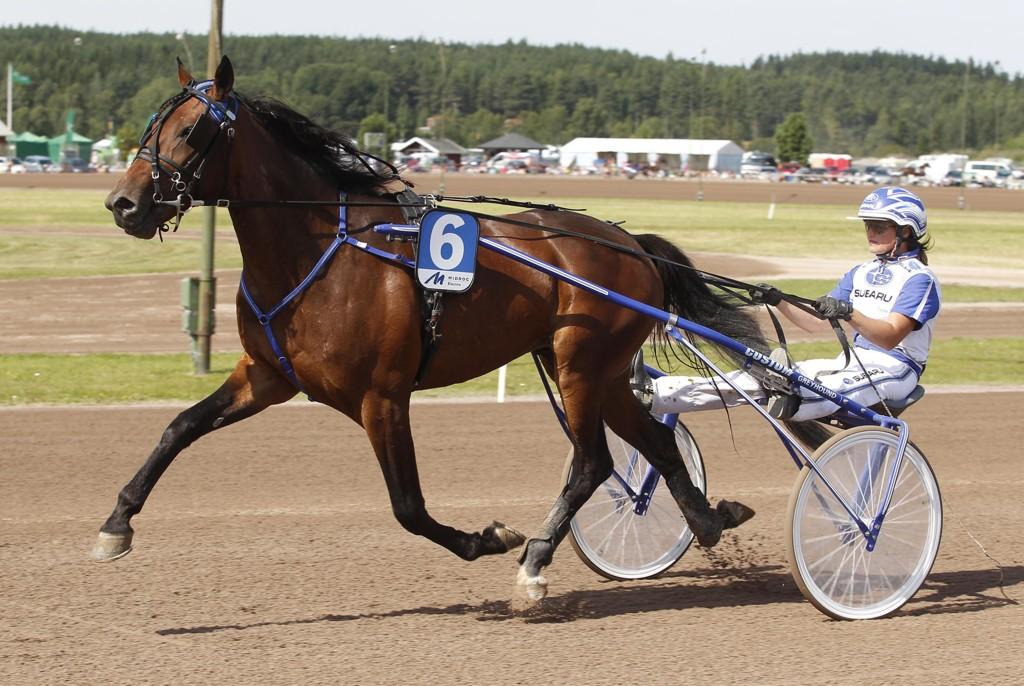 Kajsa Frick er aktuell i dagens V65-omgang. foto : h : foto: hanold/foto-mike rttvik