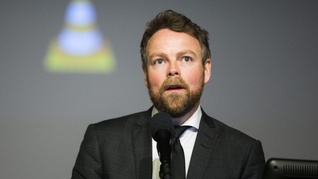 KRITISERER TRONDHEIM: Kunnskapsminister Torbjørn Røe Isaksen (H) mener Trondheim kommunes forskjellsbehandling av barnehager er ulovlig.