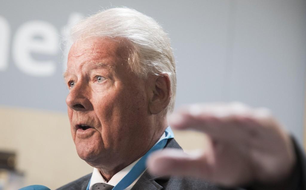 NEDSTEMT: Frps bystyremedlem Carl I. Hagen vil forby hijab på skolen, men ble nedstemt i Oslo bystyre.