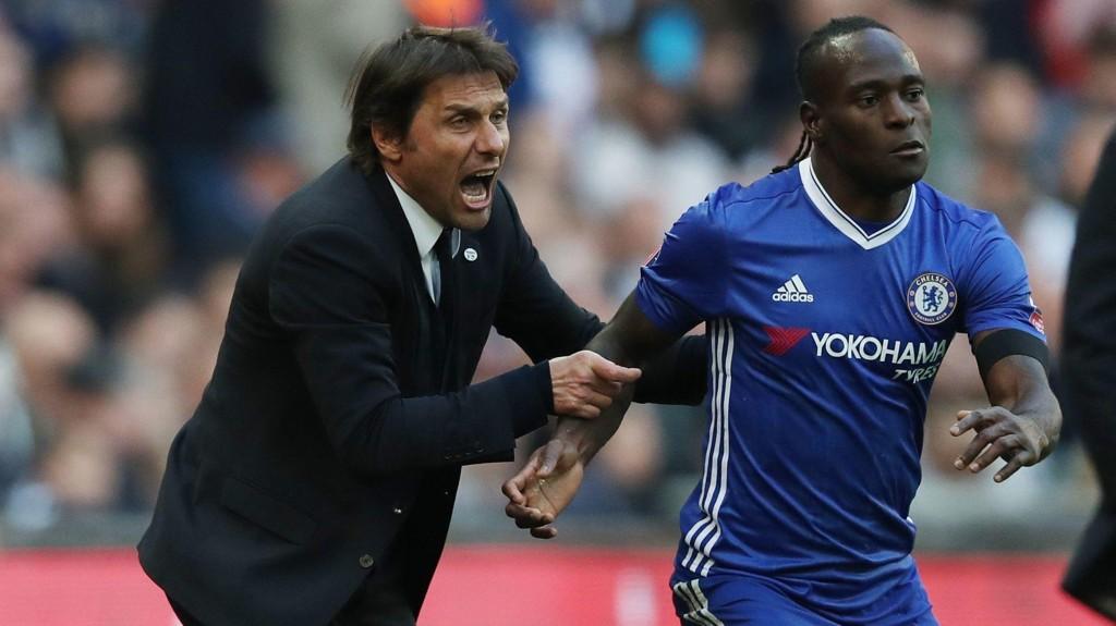 DÅRLIG STEMNING? Antonio Conte skal være irritert på Chelsea-ledelsen og vurderer ifølge Sky Sport Italia å forlate klubben.