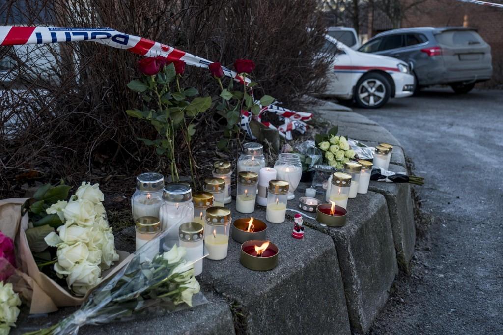 DREPT: Jacob Hassan (14) og Tone Ihlebekk (48) ble knivstukket ved Wilds Minne skole i Kristiansand. De døde av skadene. Mandag startet rettssaken mot 15-åringen som drepte dem.