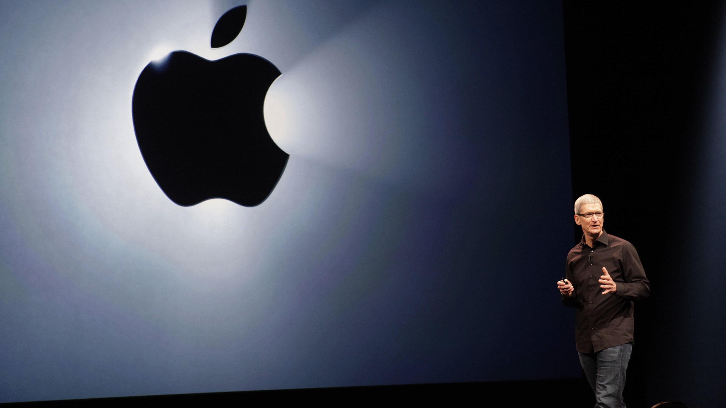 IPHONE 8: Når applesjef Tim Cook inntar scenen for å annonsere iPhone 8 senere i 2017, er det etter ryktene en mobil med omfattende designendringer han vil vise fram.