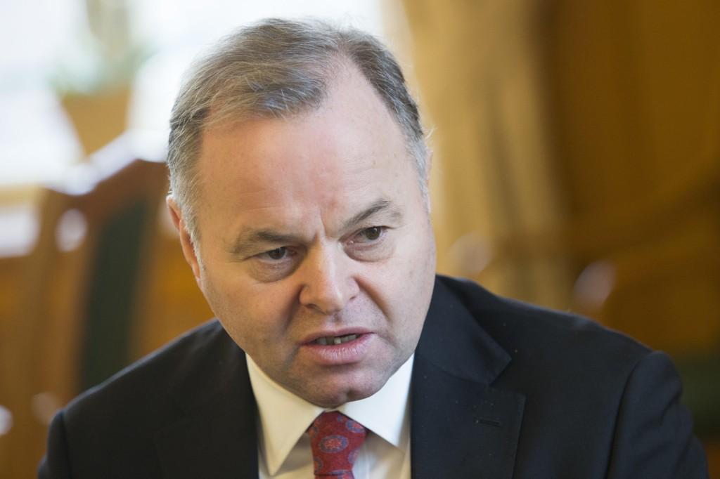 KRASS KRITIKK: Stortingspresident Olemic Thommessen (H) har fått krass kritikk for mangelfull ledelse av Stortingets byggeprosjekt.