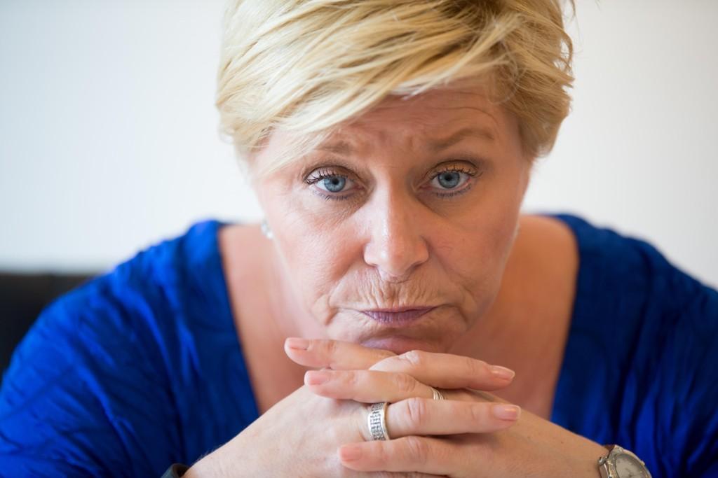 ÅPENHJERTIG: Frp-leder og finansminister Siv Jensen (48) forteller at hun alltid har hatt lyst på egne barn. - Familie og venner betyr veldig mye for meg, sier Jensen i Det store intervjuet.