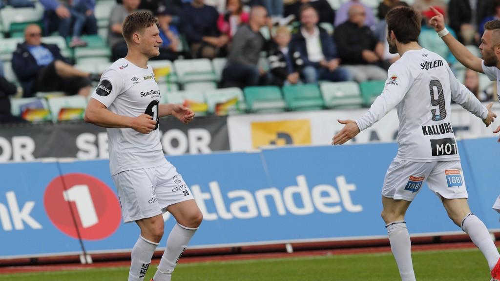LA OSS FEIRE: Benjamin Stokke satt to scoringer da Kristiansund senket Stabæk.