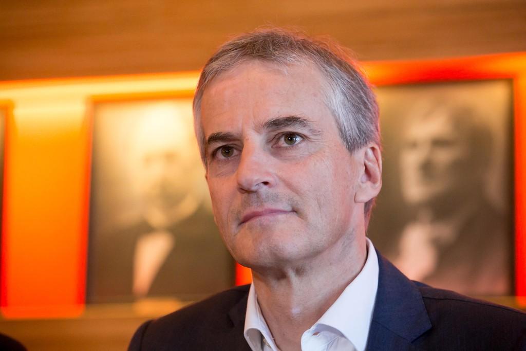 ARBEIDERPARTIET: Til tross for at det fortsatt ligger an til regjeringsskifte, peker pilene nedover for Jonas Gahr Støre og Arbeiderpartiet - for åttende måned på rad.