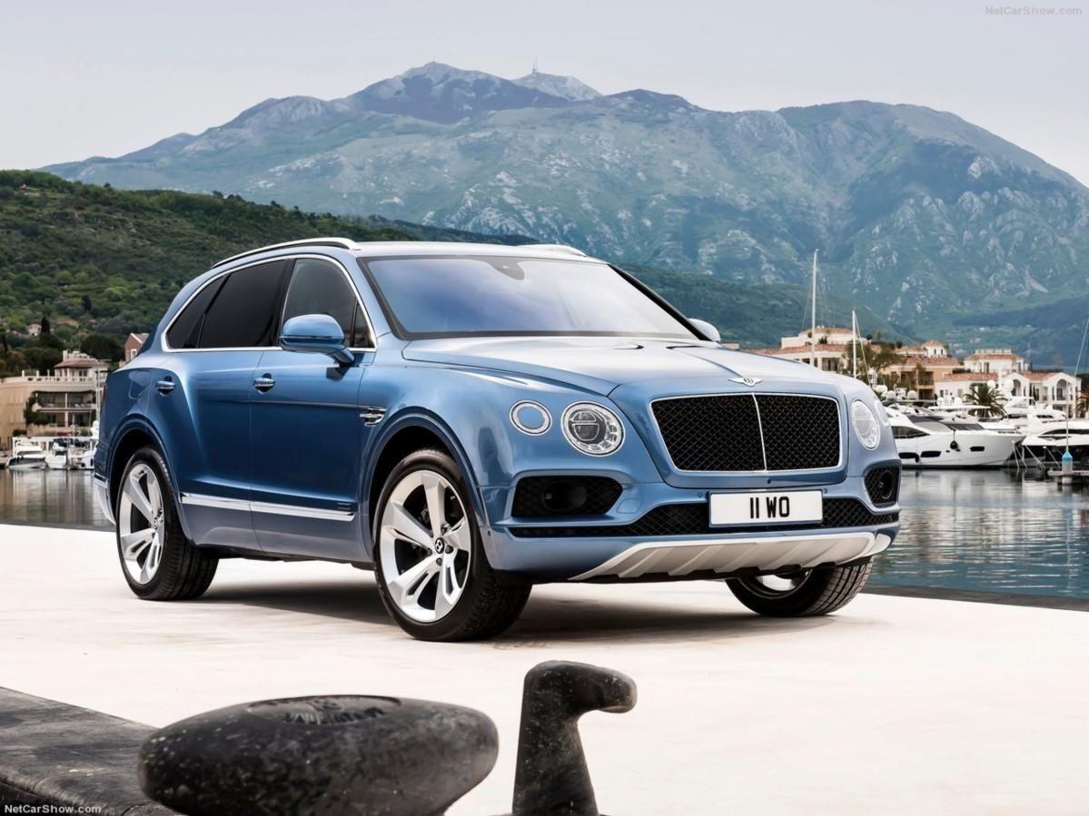De fleste velger den nok med aller største bensinmotor. Men om ikke alt for lenge kommer Bentley Bentayga som ladbar hybrid.