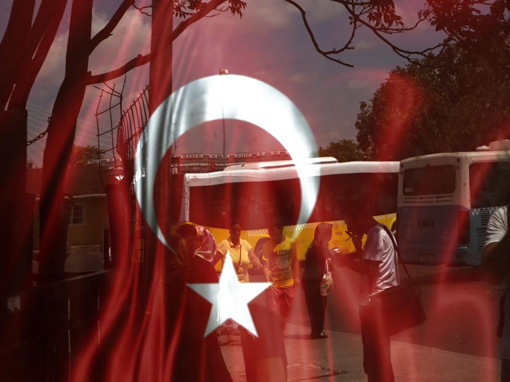 MØTER I RETTEN:I alt ti menneskerettighetsaktivister ble pågrepet under et møte på en øy i nærheten av Istanbul i begynnelsen av juli.