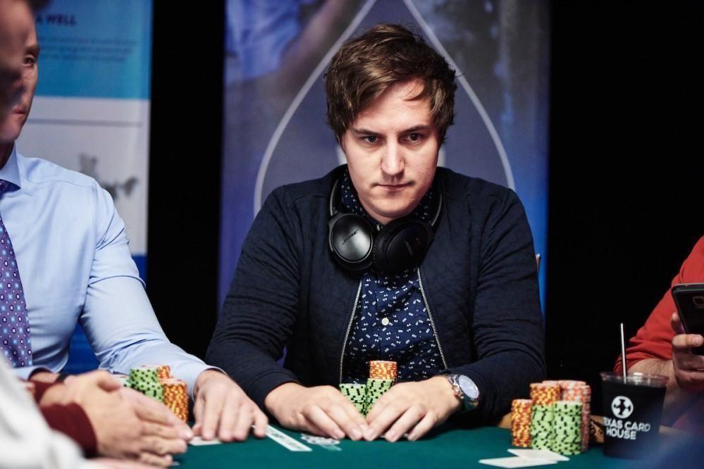 NÆRE PÅ: Norske Martin Lesjø var nære på å sikre seg førsteplass og et gullarmbånd i Las Vegas i turneringen The Little One for One Drop. Turneringen er en av mange sideturneringer som arrangeres under verdensmesterskapet i poker.