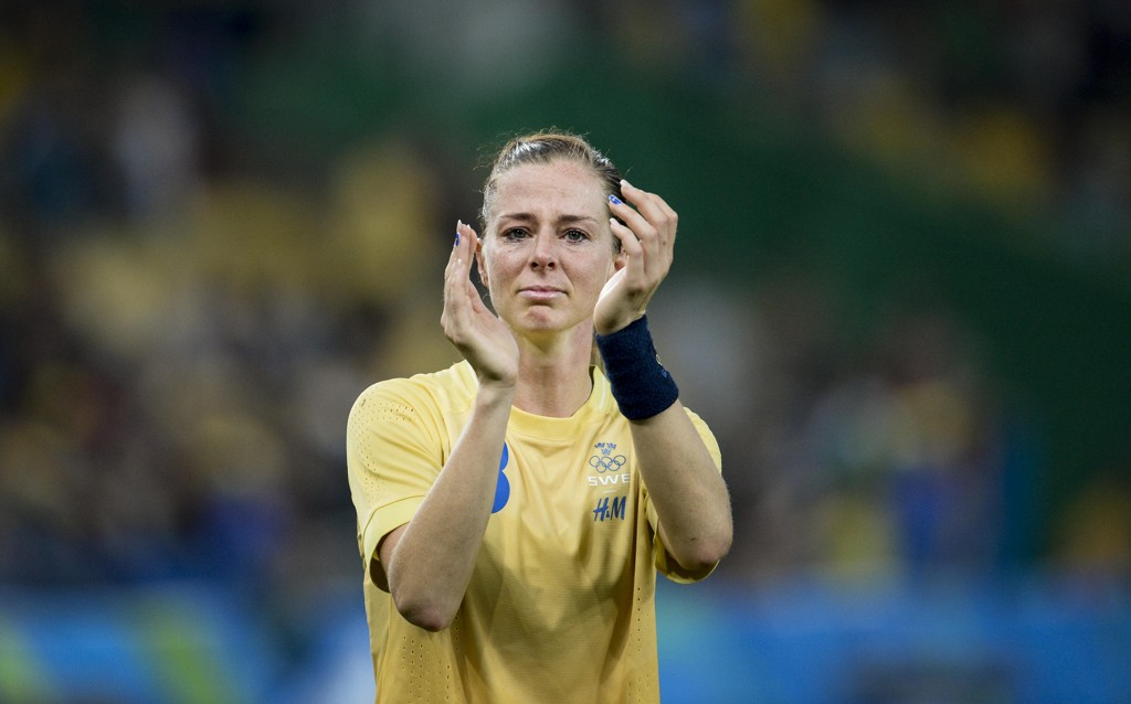 UAVGJORT: Lotta Schelin og hennes svenske lagvenninner kunne juble for sitt første poeng mot Tyskland i fjor, etter 11 tidligere tap. I fjor ble det tap også i OL-finalen.