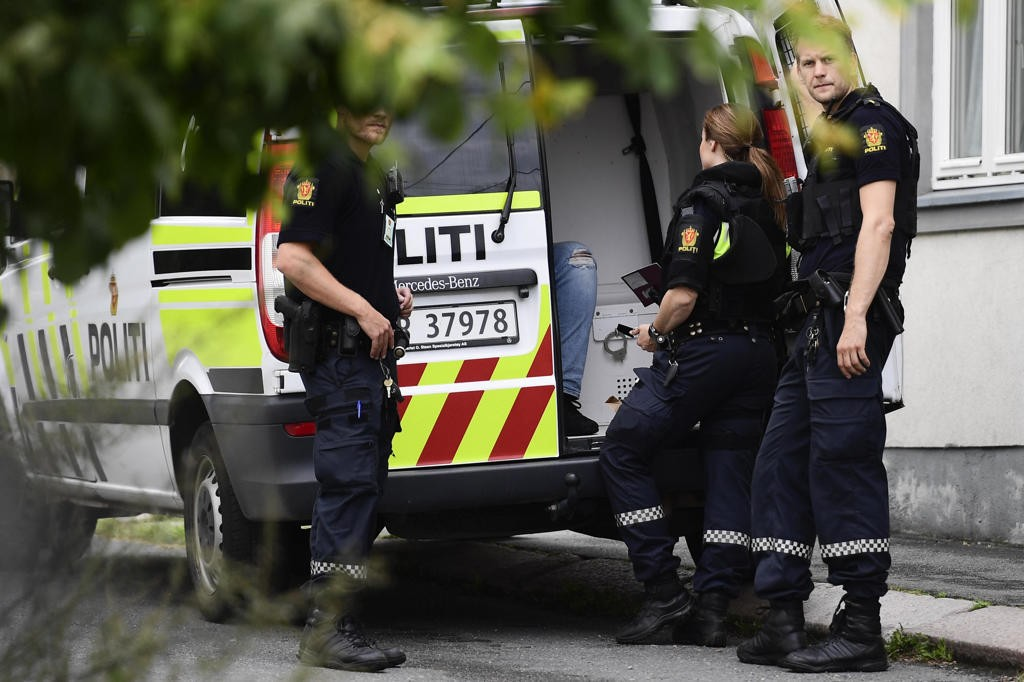 أعلنت الشرطة عن إلقائها القبض على مشتبه به Foto: Jon Olav Nesvold (NTB scanpix)