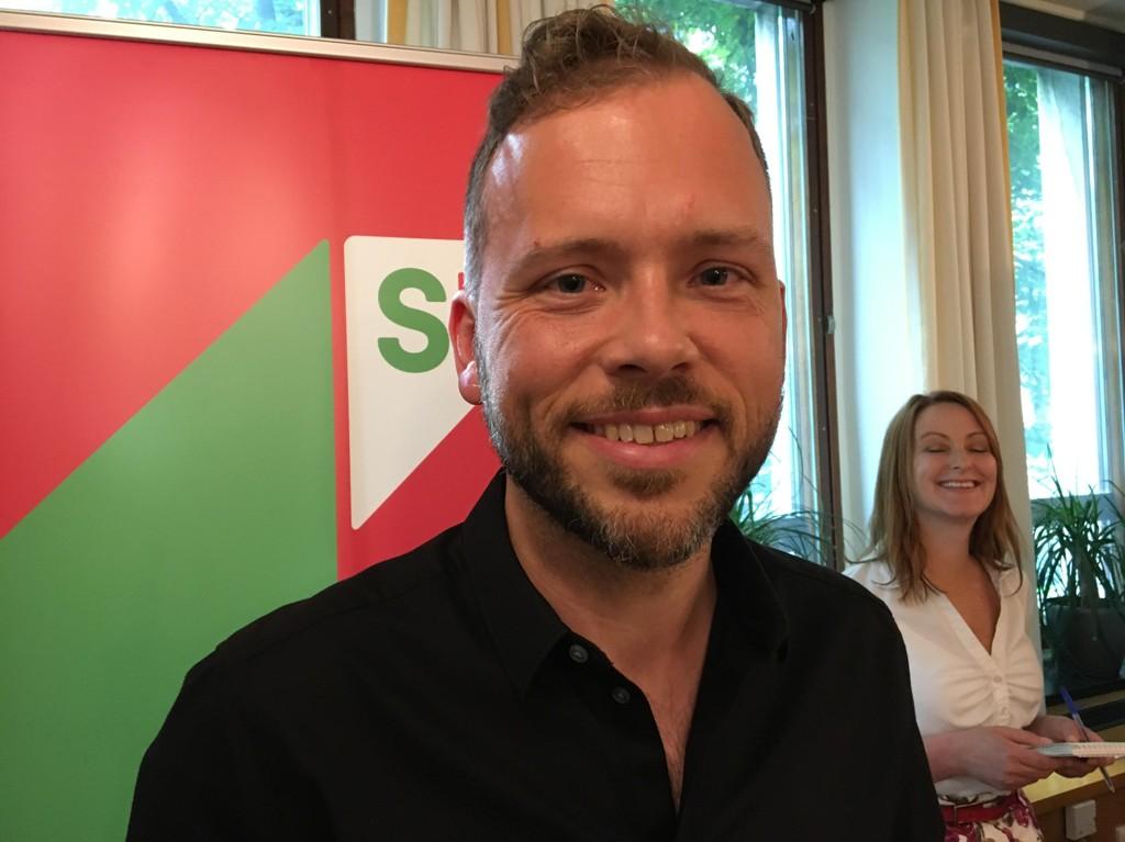 SV og partileder Audun Lysbakken har fått gjennomført en meningsmåling som angivelig viser at 61 prosent mener at ulikhetene er for store i Norge. Nettavisen mener at slike målinger må taes med en stor klype salt.
