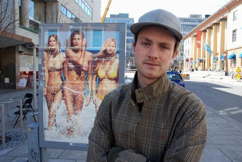 Pressetalsmann i Rødt Iver Aastebøl opplyser at Rødt vil offentliggjøre skjulte annonser på Facebook. Rødt oppfordrer andre partier til å gjøre det samme.