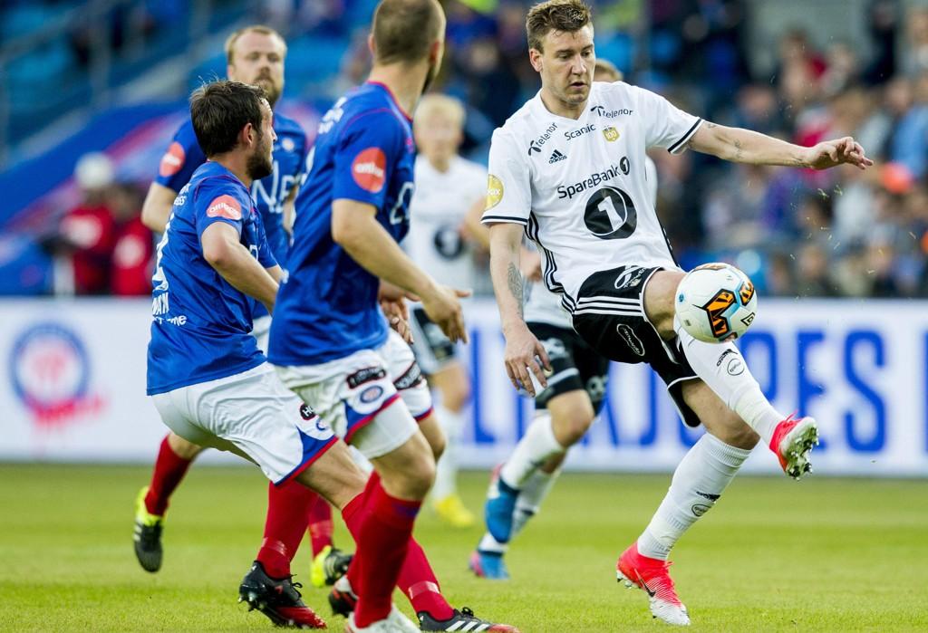 STORMØTE I TRONDHEIM? Nicklas Bendtner og RBK kan få besøk av Vålerenga på Lerkendal i kampen om en semifinaleplass i NM.
