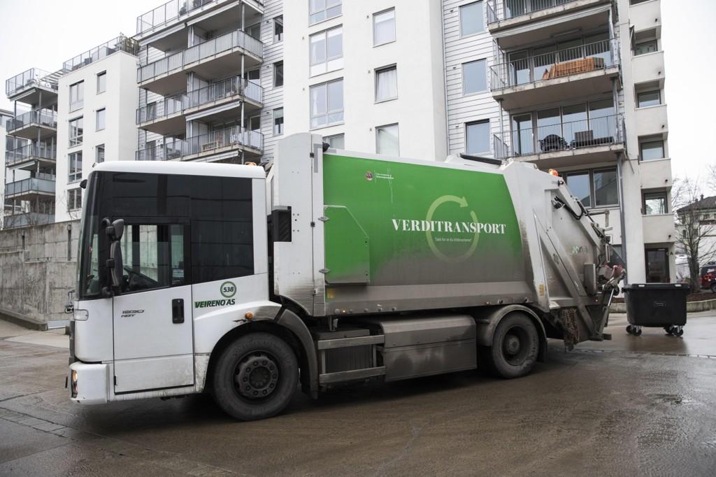 Oslo kommune overtok avfallshåndteringen i hovedstaden et par dager før selskapet Veireno, som hadde hatt ansvaret i snaue fem måneder, slo seg konkurs i februar.