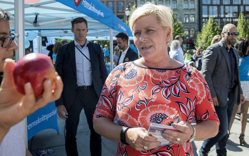 Finansminister Siv Jensen og Frp lokker med inntil 15.000 oljejobber i Rogaland dersom det blir full oljeboring i Lofoten, Vesterålen og Senja.