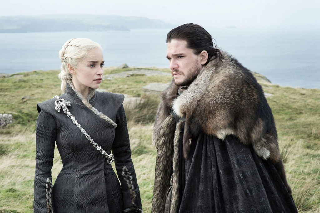 Emilia Clarke og Kit Harrington i HBO-serien Game of Thrones.