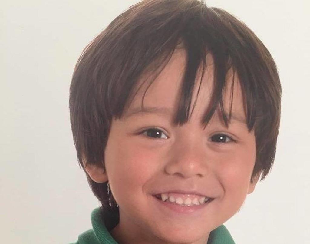SAVNET: Sjuåringen Julian Alessandro Cadman ble lenge ikke gjort rede for etter terroren i Barcelona.