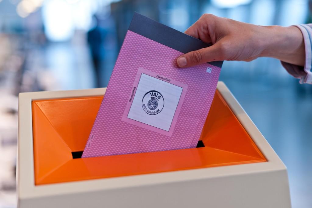 Согласно новому предписанию, коммунам предстоит выполнить дополнительную работу: предварительные результаты выборов должны будут пересчитаны коммунами вручную. Около половины коммун уже ввели подобное правило в обиход.
