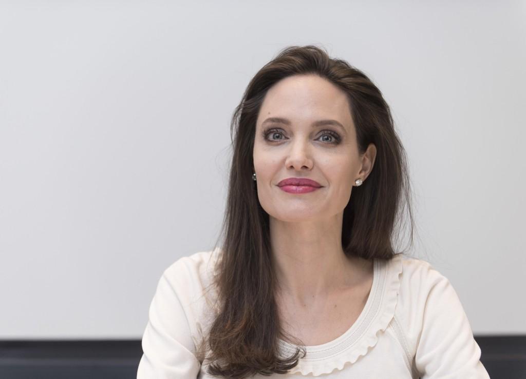 Angelina Jolie bekrefter at hun skal være med i Disneys «Maleficent 2».