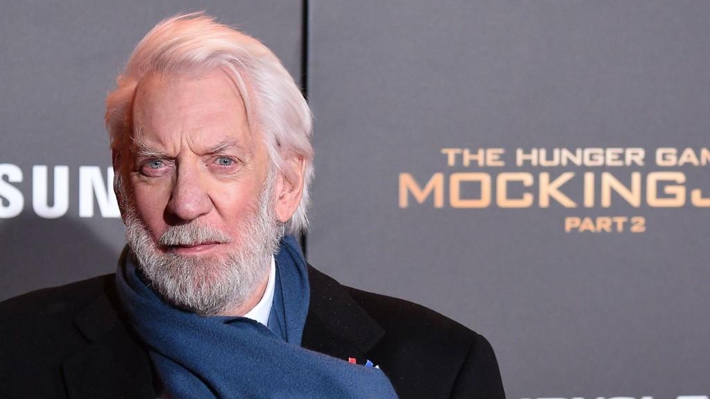 SUTHERLAND: Donald Sutherland under premieren på The Hunger Games - Mockingjay - Part 1.
