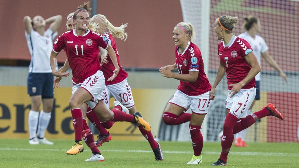 De danske fotballkvinnene nekter å spille fredagens landskamp.