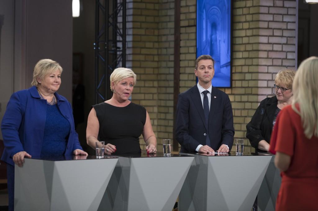 DE BORGERLIGE vant valget. Tirsdag kveld møtes de i statsministerboligen for å diskutere videre samarbeid, men KrF stiller med tøffe krav.
