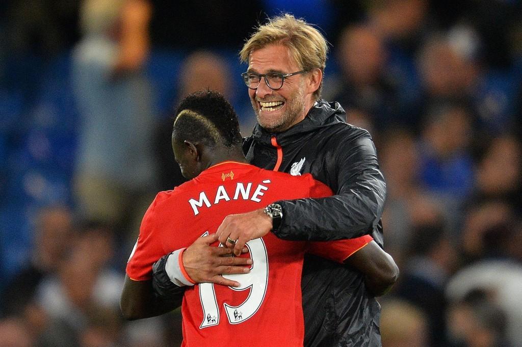 Liverpool-manager Jurgen Klopp og Sadio Mane kan få mer å feire i kveldens hjemmekamp mot Sevilla.