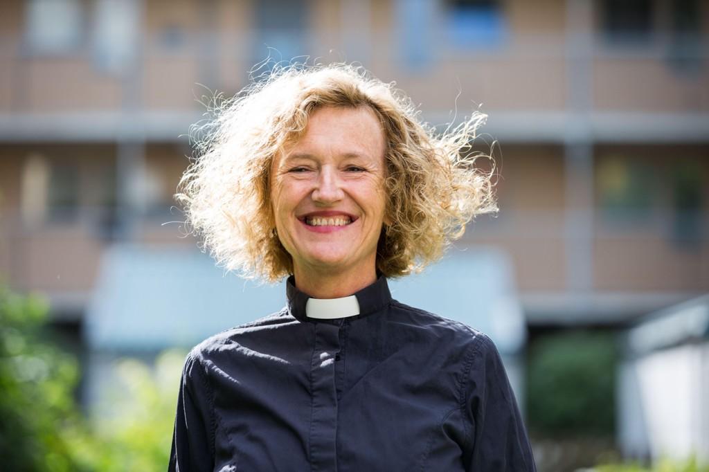 På Kirkerådets møte i Oslo 13. september ble bymisjonsprest Kari Veiteberg tilsatt som ny biskop i Oslo bispedømme. Hun overtar etter Ole Chr. Kvarme som hadde sin avskjedsgudstjeneste i Oslo domkirke søndag 3. september.