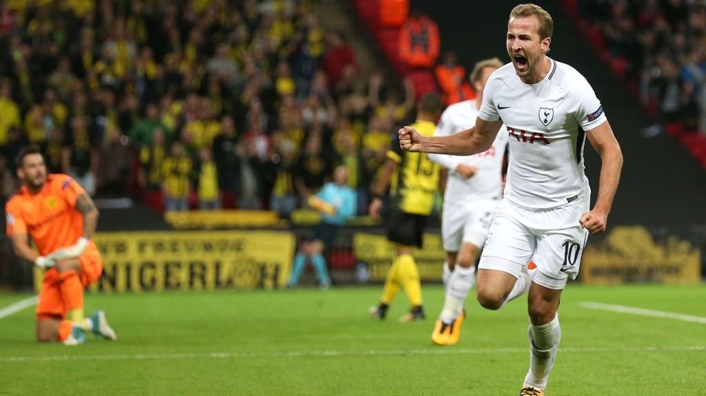 KONG KANE: Harry Kane vartet opp med to scoringer da Dortmund ble senket.