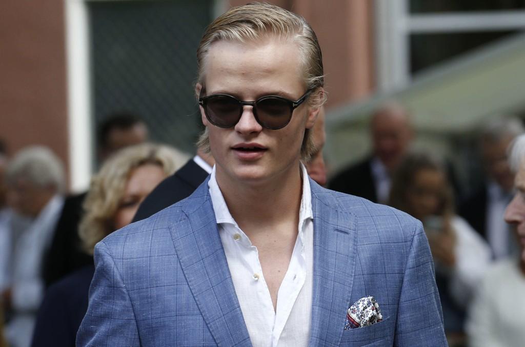 - FLYTTET: Marius Borg Høiby skal ha flyttet til Milano i Italia og har praksis hos den verdenskjente designeren Philipp Plein.