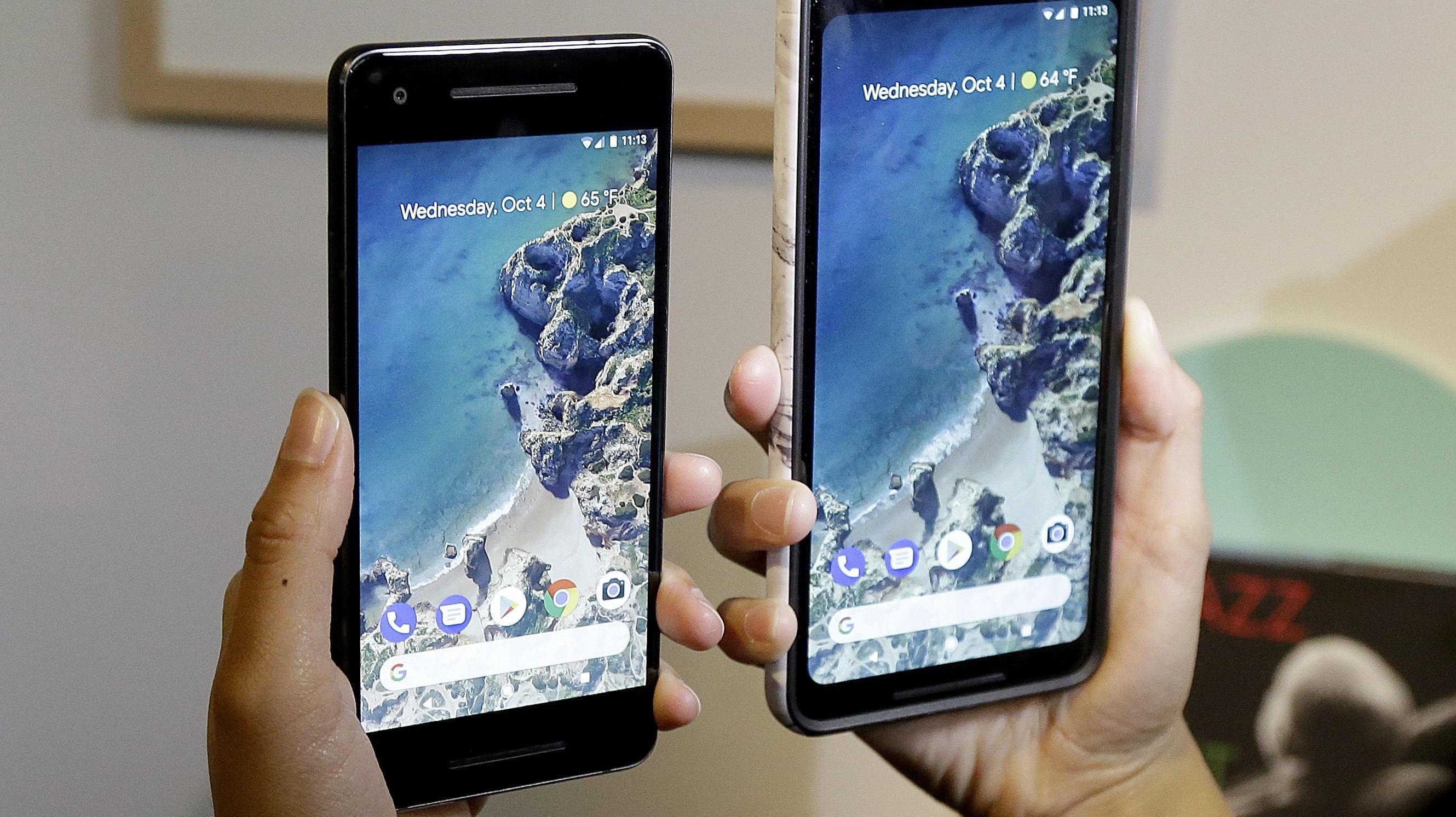 Google annonserte Pixel 2 (t.v.) og Pixel 2 XL onsdag 4. oktober 2017.