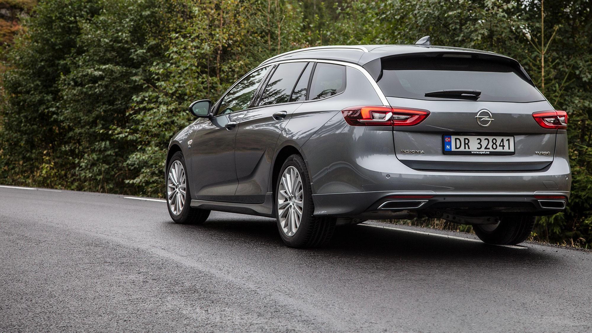 Ikke like lekker som coupéutgaven, men nye Insignia stasjonsvogn er en bil det er lett å like.